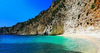 plaja-afales-itaca-grecia